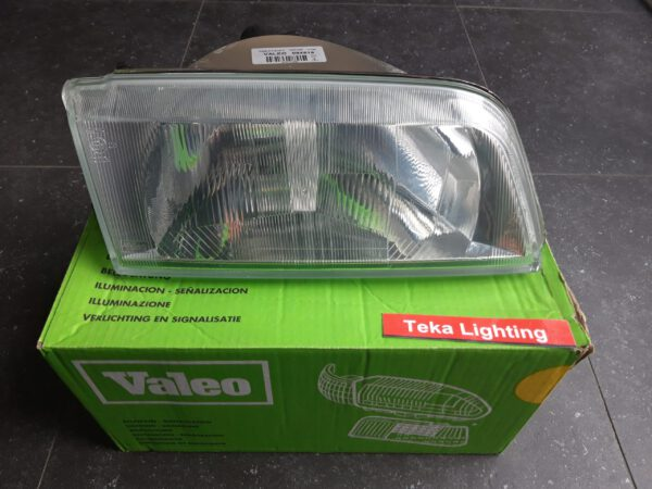 Citroen ZX Headlight Valeo 084519
